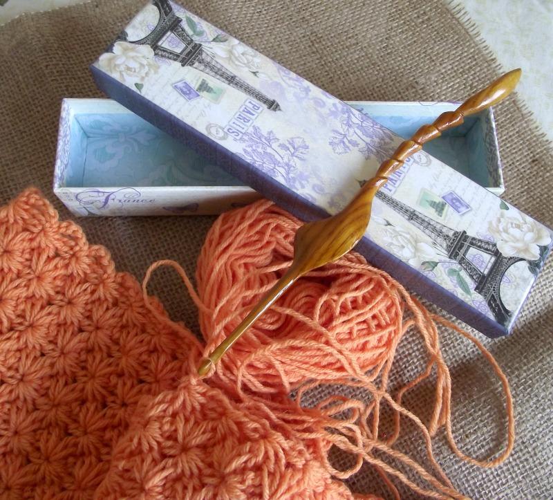 Ergonomic Crochet Hook Wood Crochet Hook Size F5 375mm