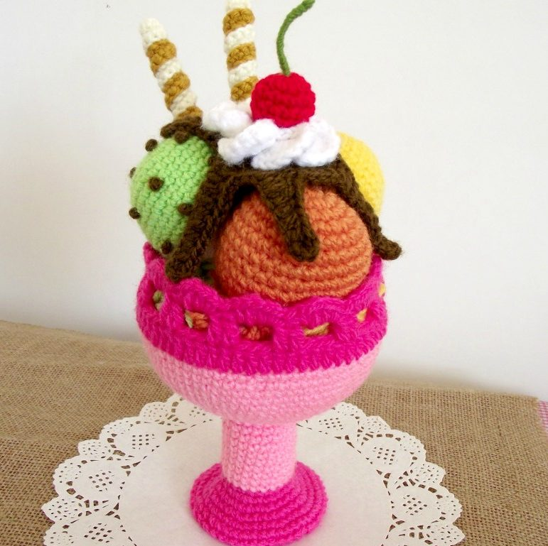 Tiny Baby Ice Cream Cone (Free Crochet Pattern) - Sweet Softies ... | 769x771