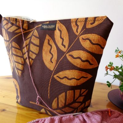 Knitting Project Bag Large Zippered – Brown Floral – For Knitting and Crochet Projects