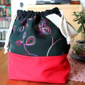 Drawstring Wristlet Knitting Project Bag – Black Embroidery – Luxury Bag