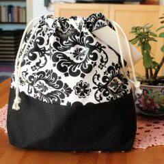 Drawstring Wristlet Knitting Project Bag – Black & White – Luxury Bag
