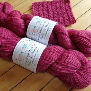 Alpaca Yarn – Raspberry Sierra