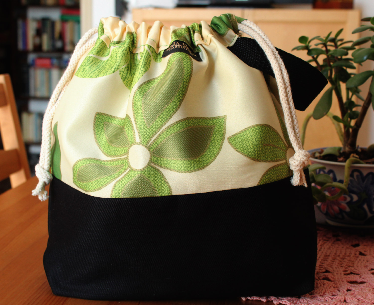 Floral Spools Classic Sweater Project Bag