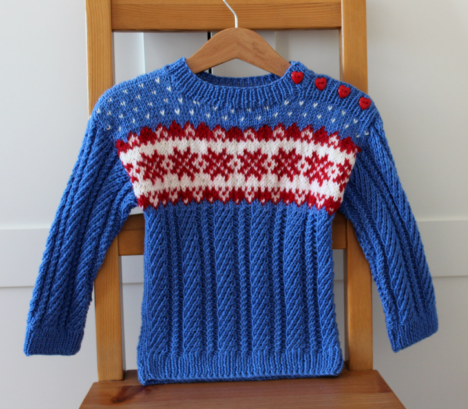 Baby cardigan fair isle blue red white with buttons easy knitting pattern
