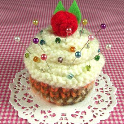 Cream Frosting Cupcake Pincushion