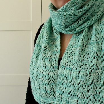 lace scarf knitting pattern Cathedral Bells scarf pattern by Lilia Vanini Liliacraftparty