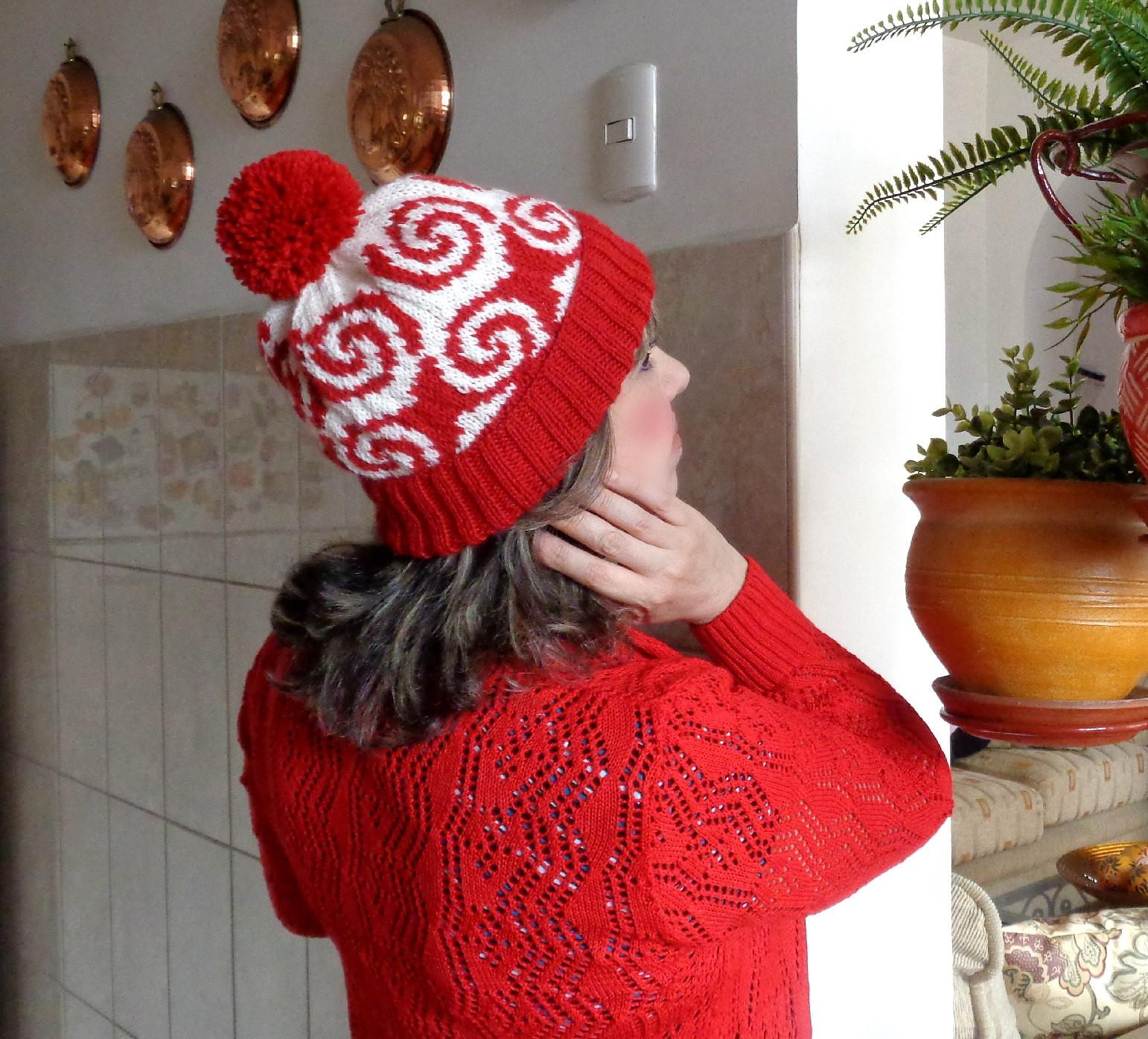 cozy knitting hat with pompom pattern